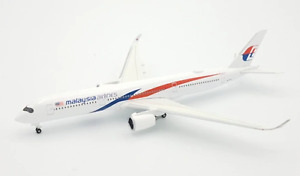 Herpa Malaysia Airlines Airbus A350-900 1/500 532990