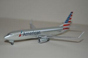 1/200 HG0748G Hogan Wings American Airlines Boeing 737-800 N908NN W/ Gear