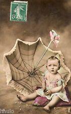 BL075 Carte Photo vintage card RPPC Enfant fantaisie parapluie bébé colorisé