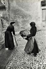 1953 HENRI CARTIER-BRESSON Italy Abruzzo Cabbage Peasant Women Photo Gravure Art