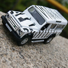Land Rover Defender Zebra Stripe color 5.3 inches Alloy Diecast Car Model Gifts