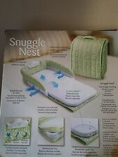 Baby Delight Snuggle Nest Portable Infant Sleeper Bed 0-4m Green Leaves New