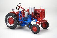 International Farmall Cub Tractor w/ Planter 1:16 SpecCast Model - ZJD1799*