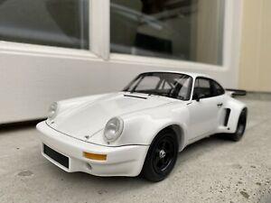 1:18 Porsche 911 Carrera 3.0 RSR White 1974 Spark