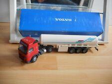 Conrad Volvo FH16 + Tank Trailer in Red/White on 1:50 in Box