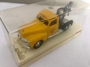 SOLIDO AGE D'OR - DODGE RECOVERY / TOW TRUCK - No.4424-