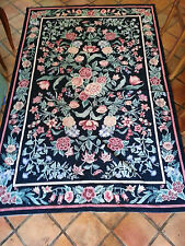 Hand Knotted French-style 9' x 6' Area Rug with pink floral motif