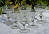 Baccarat? Service de 6 coupes à champagne en cristal gravé. Circa 1900