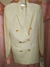 Liz Claiborn size 6 petite  Double Breasted Ladies Dress Suit,with Gold Buttons!