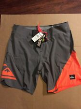 Quiksilver Men's AG47 New Wave Bonded Boardshorts size 36 New