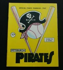 Original 1962 Pittsburgh Pirates Official Baseball Yearbook w/ Clemente- EX+