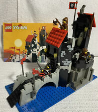 Lego System - 6075 - Wolfpack Tower - Complete + Instructions