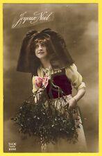 cpa Fantaisie Jeune Femme ALSACIENNE Coiffe Papillon JOYEUX NOEL Branche de Gui