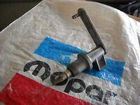 NOS MOPAR 1964-1970 DODGE TRUCK WINDSHIELD WIPER PIVOT 2507133