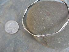 10 KT White Gold Round Slip On Bangle Bracelet NEW 2.5 mm in Thickness NEW