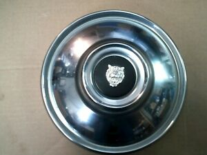 5x Jaguar XJ6, XKE, e-type S2-S3, 420  & V12 E-Type Hub Caps with 4center emblem