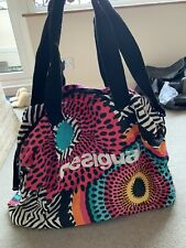 DESIGUAL GYM LARGE TOTE TRAVEL BAG IN NICE CONDITION