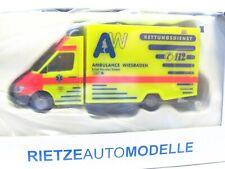Rietze 1/87 61550 MB Sprinter RTW Ambulance Wiesbaden OVP (LN708)