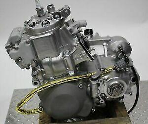 Kawasaki KX250 KX500 KX125 KX85 KX65, engine rebuild/ reconditioning service