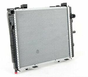 Radiator For/Fit 2068 99-00 Mercedes-Benz C-Class C230 Kompressor 98-05 CLK320