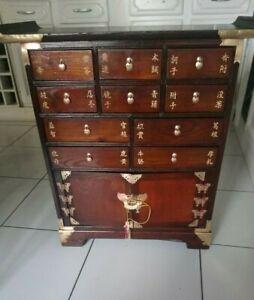 Meuble semainier, cabinet, grainetier 10 tiroirs,2 portes, écritures chinois
