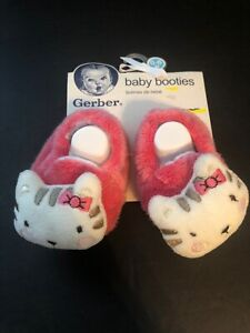 GERBER Baby Girl  Booties Size 0-6 M Pink Hello Kitty  Up to 16 lbs. Slippers