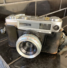 YASHICA MINISTER-D Vintage Retro camera With 35mm Lens and Case