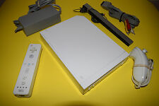 Nintendo Wii Console Video Game System White RVL-001 Complete Tested GameCube