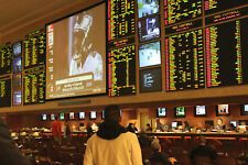 Pro sports betting handicapping seminar FEZZIK Las Vegas NFL NCAA football