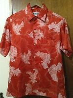 Tori Richard Vintage Men's Red Hawaiian Coconut Floral Shirt Size Small