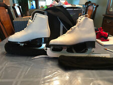 Contessa White Figure Skates with Bag & Ice Skate Covers