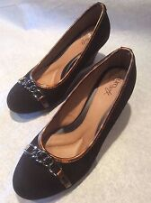 Eurosoft by Sofft Black Suede and Leopard Leather Wedge  Shoes Ladies Size 8.5