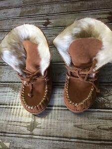 Hanna Andersson Larsson MocToe Slipper shoes  size 9M Youth light brown NEW