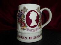 Vintage QUEEN ELIZABETH II Silver Jubilee 25th Commemorative Mug Tankard MASONS
