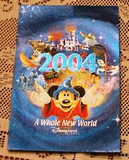 """NICE DISNEYLAND MICKEY MOUSE 2004 A WHOLE NEW WORLD  FOIL POST CARD 4"""" X 6"""""""