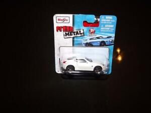 2009 NISSAN 370 DIE CAST SPORTS CAR! AWESOME!