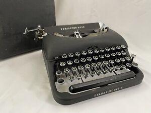 1947 Remington Rand Deluxe Model 5 Portable Typewriter in Case, Glass Keys, NICE