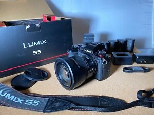 Panasonic LUMIX S5 Lens Kit 20-60mm Lens Original Box Bundle