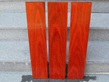 Padouk Bretter 3 Stück liegende Jahrringe korallenrotes Holz Tonholz