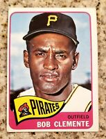 1965 BOB CLEMENTE TOPPS VINTAGE BASEBALL CARD #160 ICONIC PIRATE.. slightly used