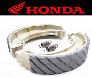 Set of (2) Honda Water Grooved REAR Brake Shoes and Springs #06430-HM5-A80