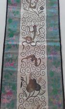 Antiguo, Vintage Manga Chino De Seda Bordado panel textiles pájaros y murciélagos