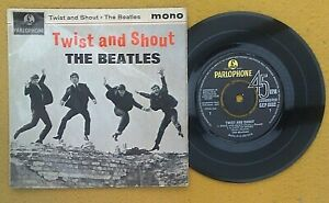 """BEATLES """" TWIST & SHOUT """" SUPER UK EP WITH WIDER FONT"""