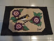 SUPERBE HAND MADE HOOKED CARPET 34'' X 23''