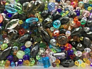 JOB LOT OF 200g. FACETED GLASS AND CRYSTAL BEADS ASSORTMENT. NEW.