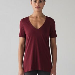 LULULEMON love tee IV size 12 in deep rouge V NECK short sleeve