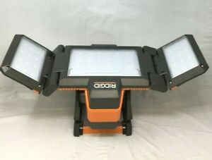 RIDGID R8694221B 18-Volt Hybrid Folding Panel Light, N