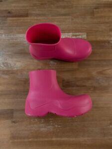 $650 BOTTEGA VENETA Puddle pink environmentally friendly ankle boots - 9 US / 39