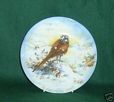CROWN STAFFORDSHIRE 1977 CHRISTMAS PLATE WITH BOX
