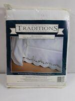 "Handmade White Cotton Battenburg Lace Full Bed Ruffle Skirt Dust Cover 76 x 54 """